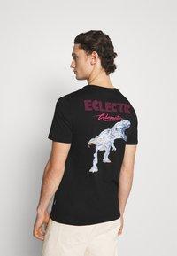 YOURTURN - UNISEX - Print T-shirt - black - 2