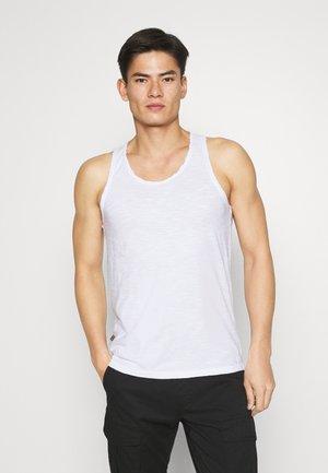 INN - Toppe - optical white