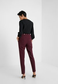 HUGO - HIEGA - Kalhoty - medium red - 2