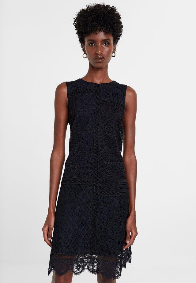 MADRID - Pletené šaty - black