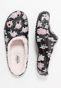 Crocs - FREESAIL - Slippers - black - 3