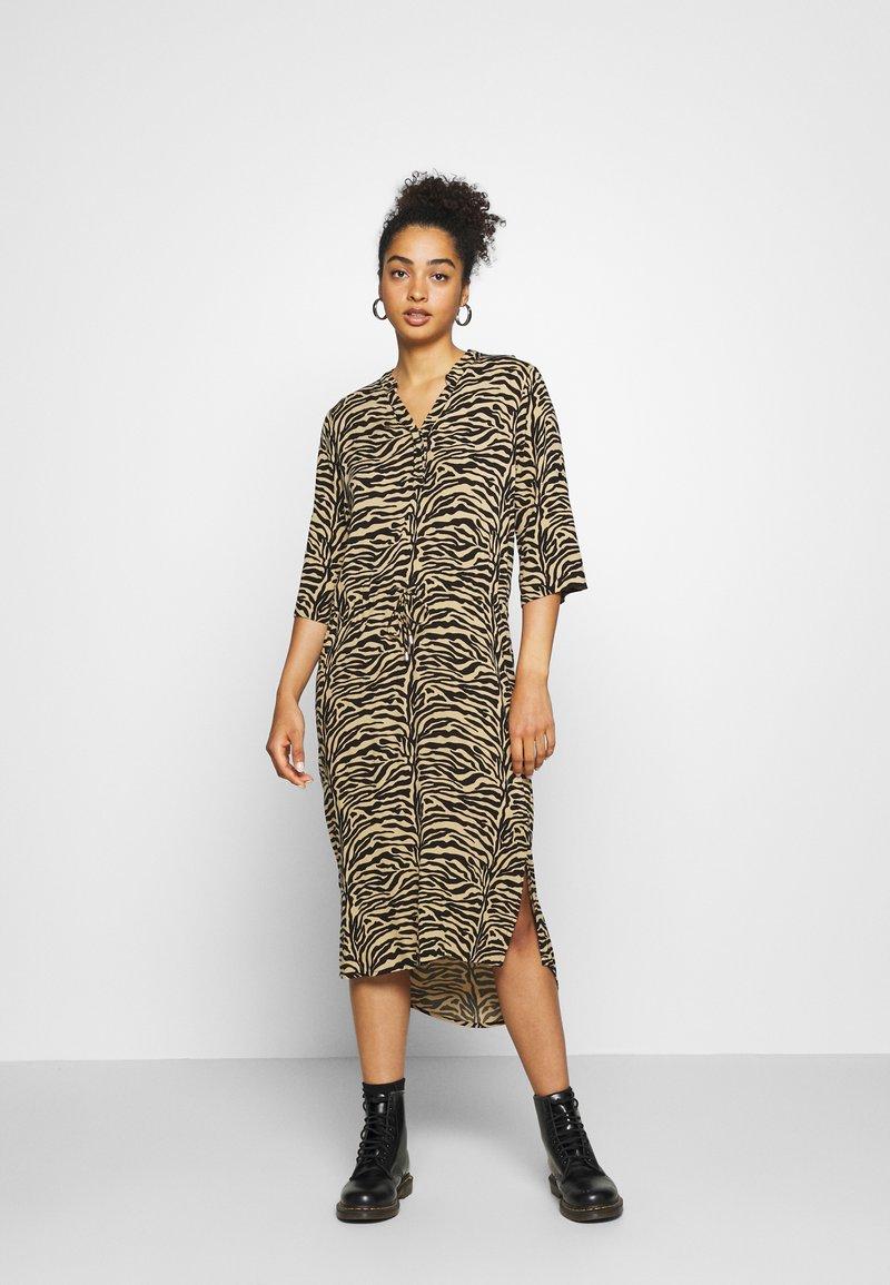 Soaked in Luxury - ZAYA DRESS - Day dress - beige
