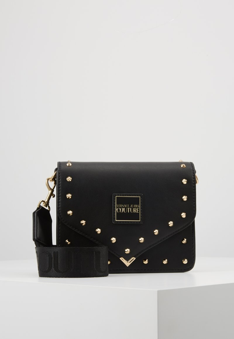 Versace Jeans Couture - STUDDED FLAP OVER - Sac bandoulière - black