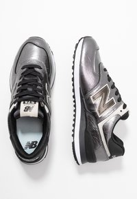 New Balance - WL574 - Sneakers basse - black - 3