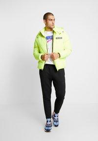 Nike Sportswear - Træningsbukser - black/anthracite - 1