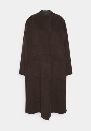 THORA - Classic coat - chocolate