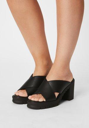 VEGAN RICA - Pantofle na podpatku - black