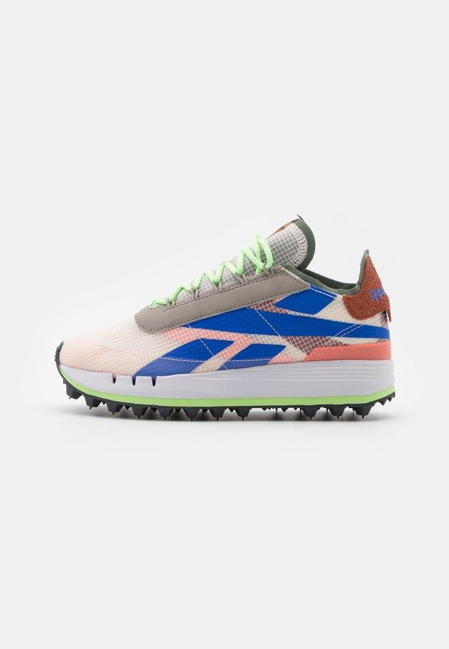 LEGACY 83 - Sneakers basse - ceramic pink/boulder grey/twisted coral