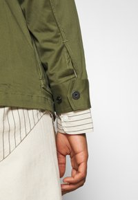 G-Star - FIELD OVERSHIRT WMN - Summer jacket - sage - 5