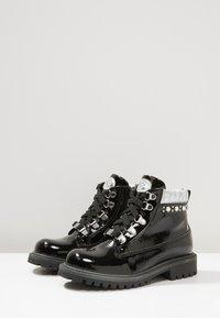Laura Biagiotti - Kotníkové boty - black - 3