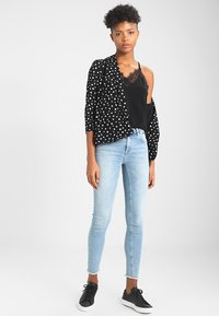Vero Moda - VMMILLA  - Top - black beauty - 1