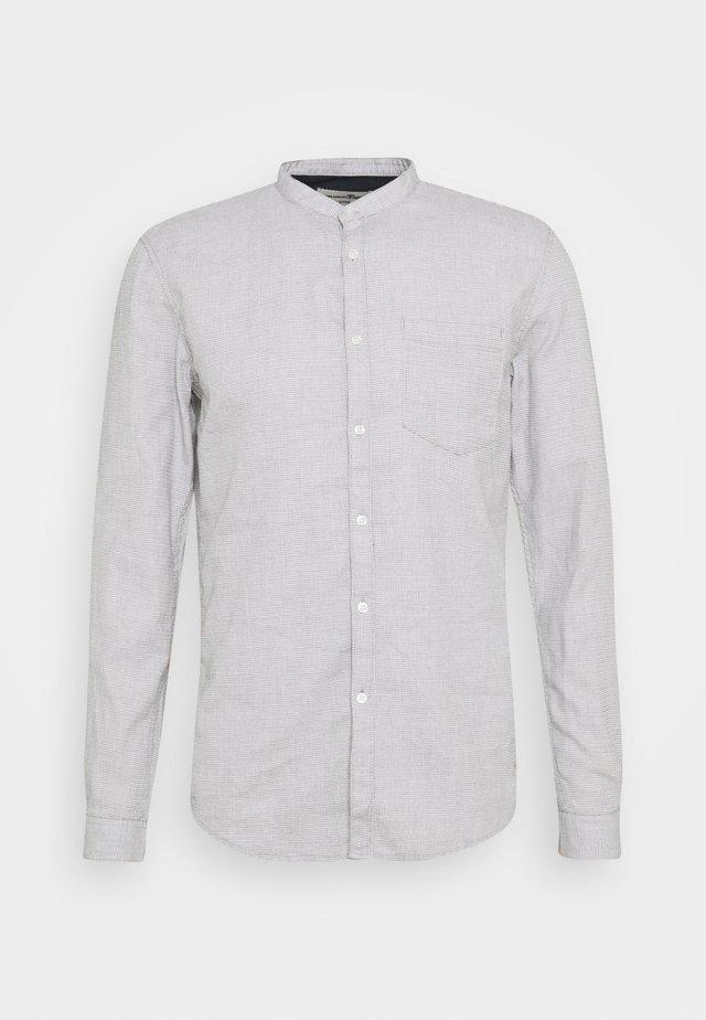 GRINDLE WAFFLE - Shirt - off white