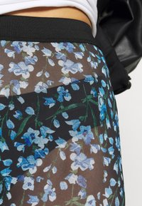 YAS - YASMILANA  - Leggings - black/blue - 4