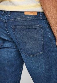 s.Oliver - REGULAR - Denim shorts - blue - 4