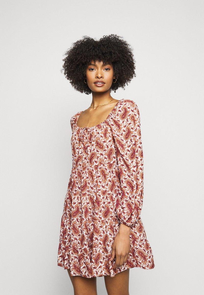 Faithfull the brand - NALINE DRESS - Denní šaty - burgundy
