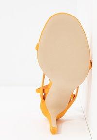 Call it Spring - ZELDAA - Sandalias de tacón - bright orange - 6