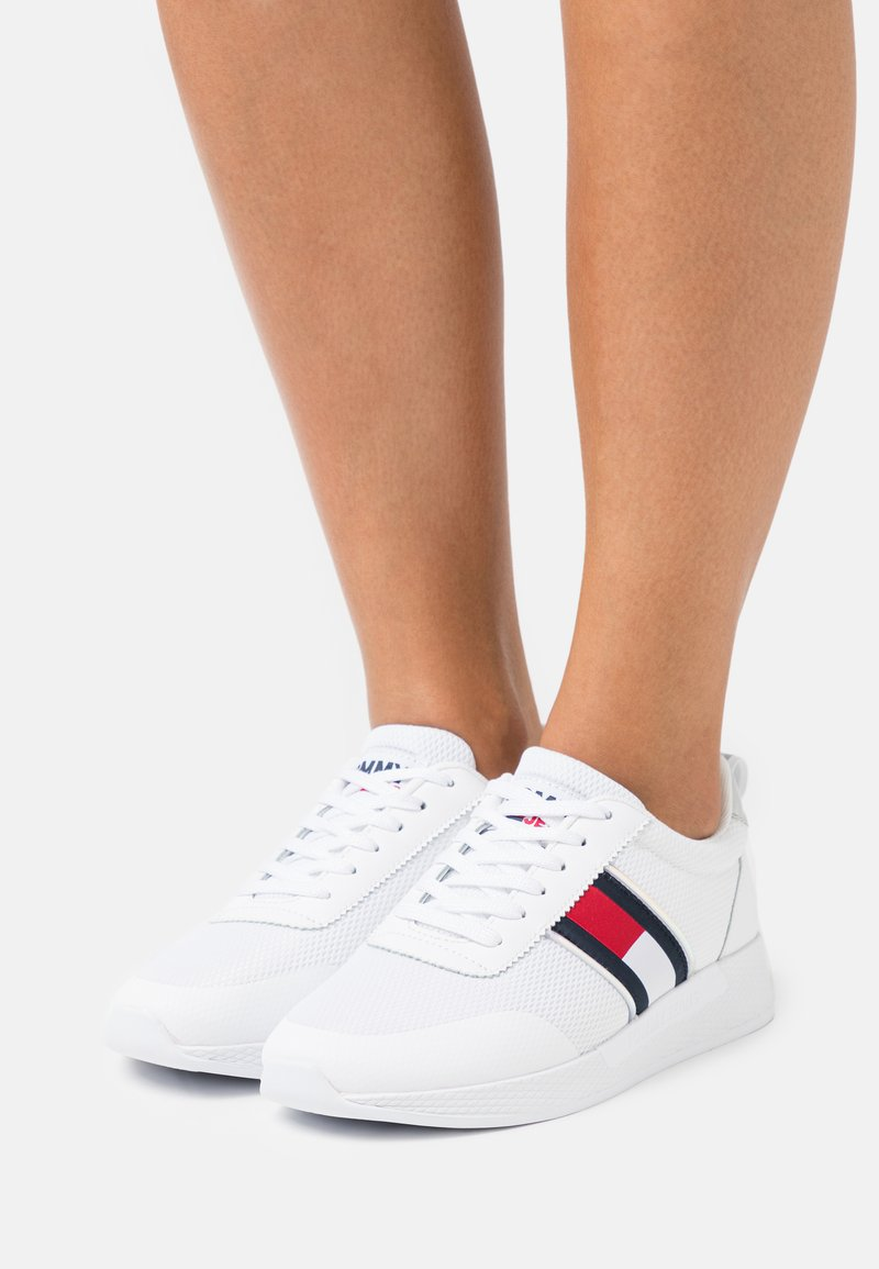 Tommy Jeans - TECHNICAL  - Joggesko - white