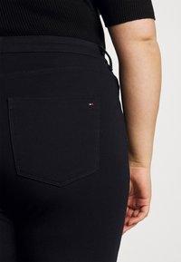 Tommy Hilfiger Curve - ANKLE SCULPT - Jeans Skinny Fit - desert sky - 5