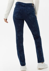 BRAX - STYLE MARY - Slim fit jeans - laser paisley blue - 2