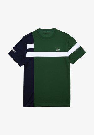 TH2070 - Print T-shirt - vert / bleu marine / blanc / blanc