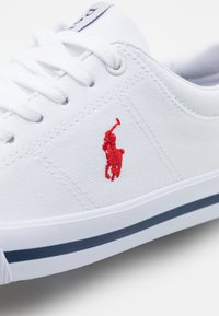 Polo Ralph Lauren - ELMWOOD UNISEX - Baskets basses - white/red - 5