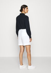 Tommy Hilfiger - Shorts - white - 2