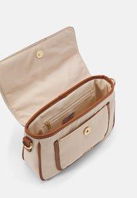 Anna Field - Across body bag - beige/cognac - 2