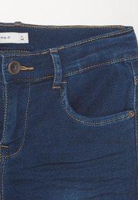 Name it - NKFSALLI DNMTHAYERS PANT - Džíny Slim Fit - dark blue denim - 2