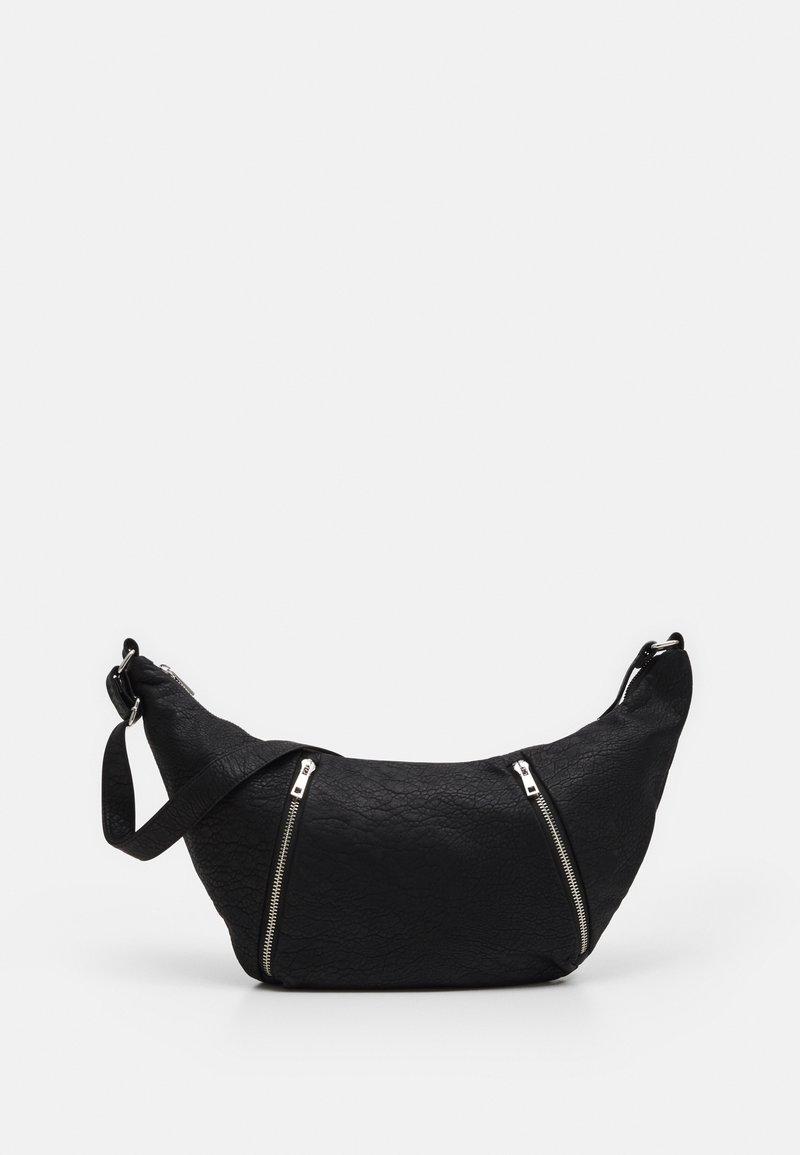 Topshop - OVERSIZED CROISSANT BAG - Kabelka - black
