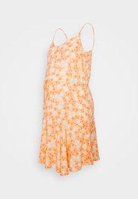 Pieces Maternity - PCMNYA SLIP BUTTON DRESS - Vestido informal - apricot cream - 0