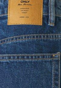 ONLY - ONLBAY LIFE - Shorts di jeans - medium blue denim - 2