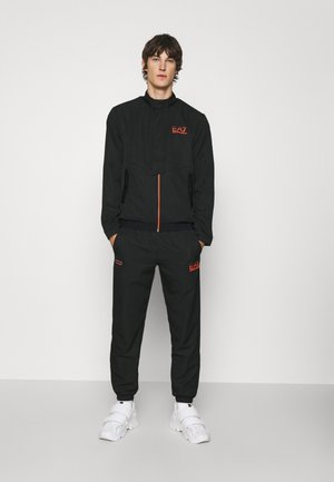 Tracksuit - black/orange