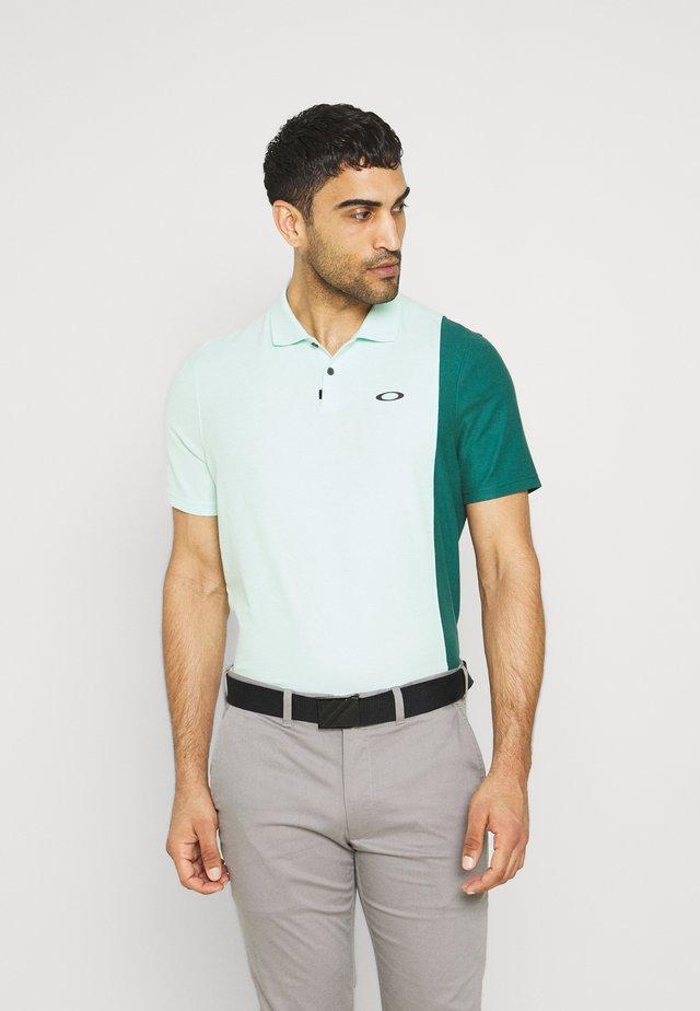 FIRSTCUT - Polo shirt - bay green