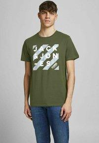 Jack & Jones - 5 PACK - T-shirt z nadrukiem - white - 3