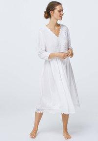 OYSHO - Noční košile - white - 0