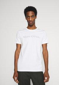 Marc O'Polo - SHORT SLEEVE - T-Shirt print - off-white - 0