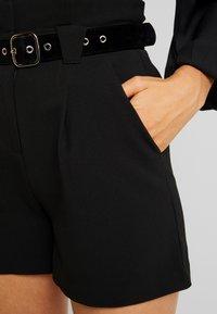 Lost Ink - PAPERBAG SHORT WITH BELT - Shorts - black - 4