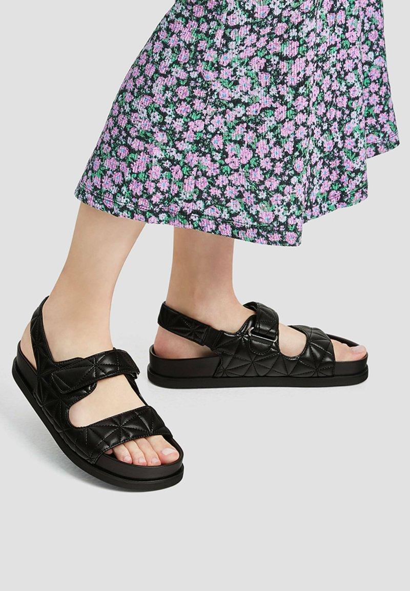 PULL&BEAR - Platform sandals - black