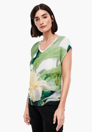 FABRIC-MIX-SHIRT MIT FOTOPRINT-FRONT - Print T-shirt - offwhite big flower print