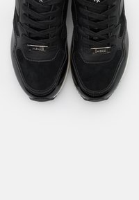 Mexx - EEFJE - Trainers - black - 5