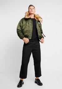 Alpha Industries - HOODED CUSTOM - Light jacket - dark green - 1