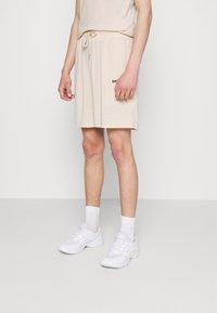 Sixth June - STRIPES - Shorts - beige - 0