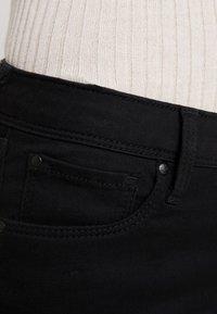 Pepe Jeans - LOLA - Skinny džíny - black denim - 3