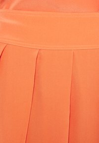Victoria Victoria Beckham - PLEATED DRESS - Cocktail dress / Party dress - lychee pink - 2