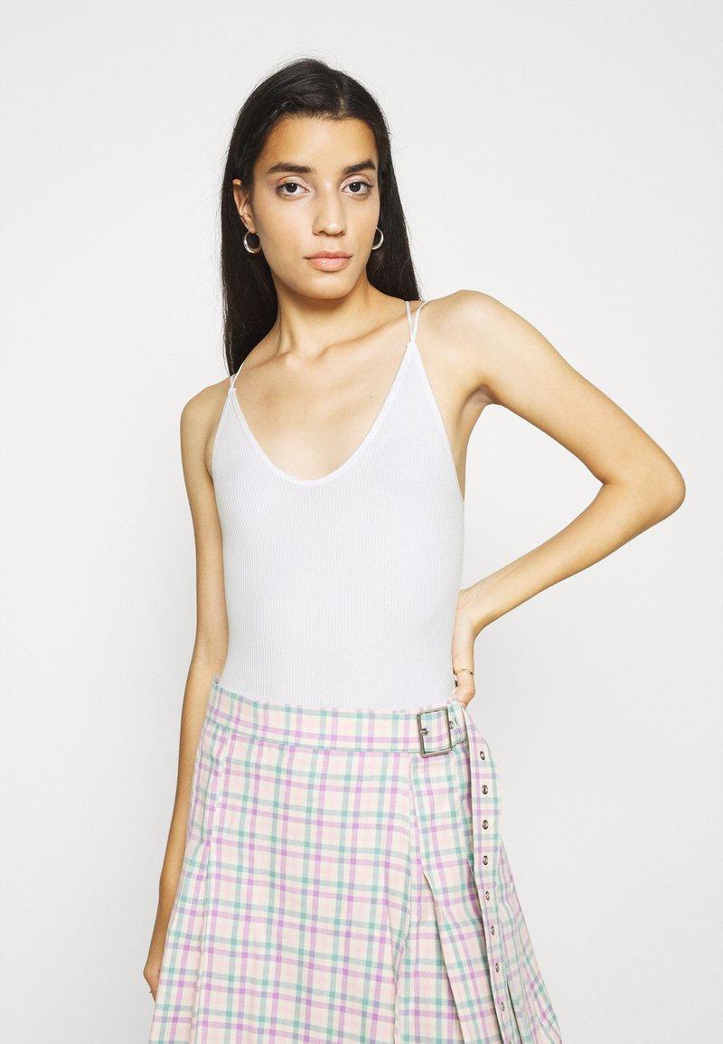 BDG Urban Outfitters - STRAPPY BUNGEE BODY THONG STRAP - Top - white