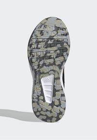 adidas Performance - RUN 2.0 CLASSIC RUNNING - Stabilty running shoes - black - 4