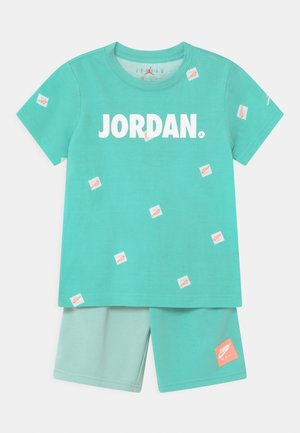 JUMPMAN SET - T-shirt med print - tropical twist