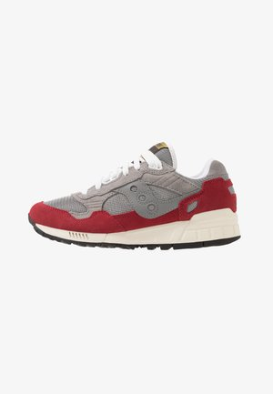 SHADOW DUMMY - Sneakers - grey/red