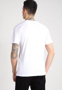 Vans - T-shirt con stampa - white/black - 2