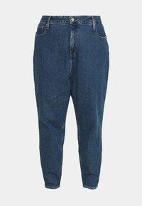 Calvin Klein Jeans Plus - MOM - Relaxed fit jeans - denim medium - 3